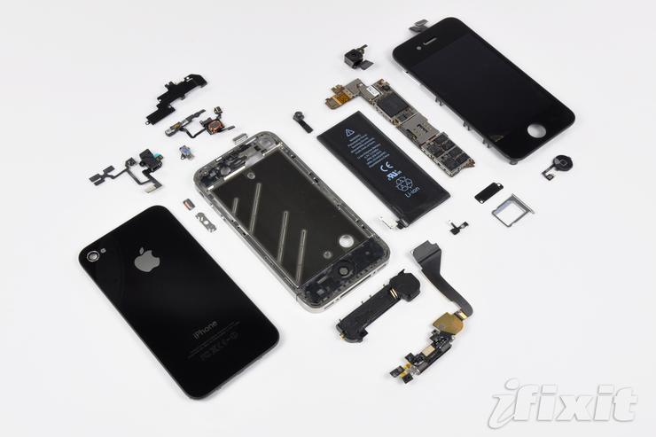 Inside the iPhone 4. Image: Ifixit.com.