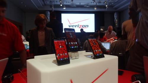 New Droid smartphones launched by Google, Verizon