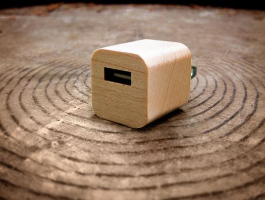 In Pictures: 6 great Lightning charging gadgets for iPhone aficionados