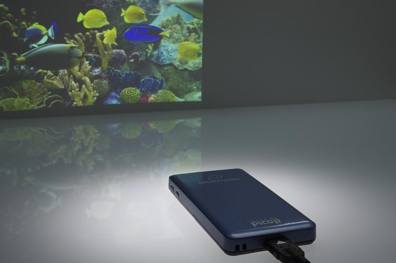 New pico projectors debut, aim for prime time