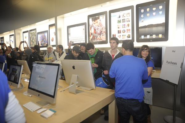 In pictures: Apple Store Bondi opening and iPad launch
