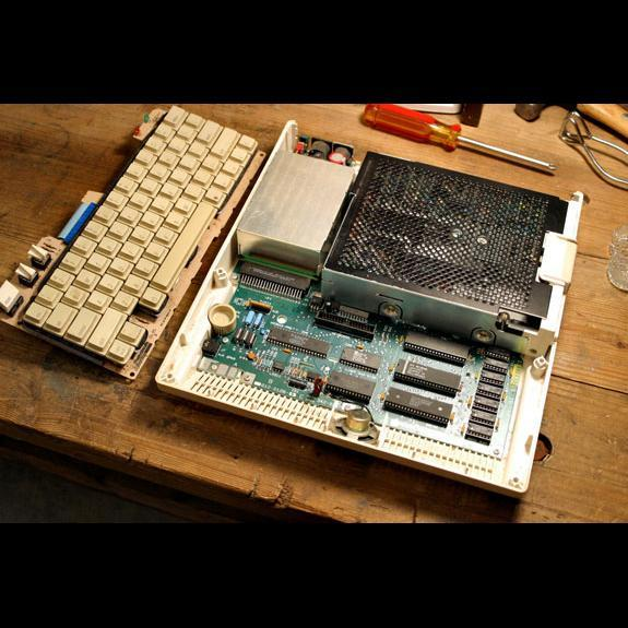 Anatomy of an Icon: Inside the Apple IIc