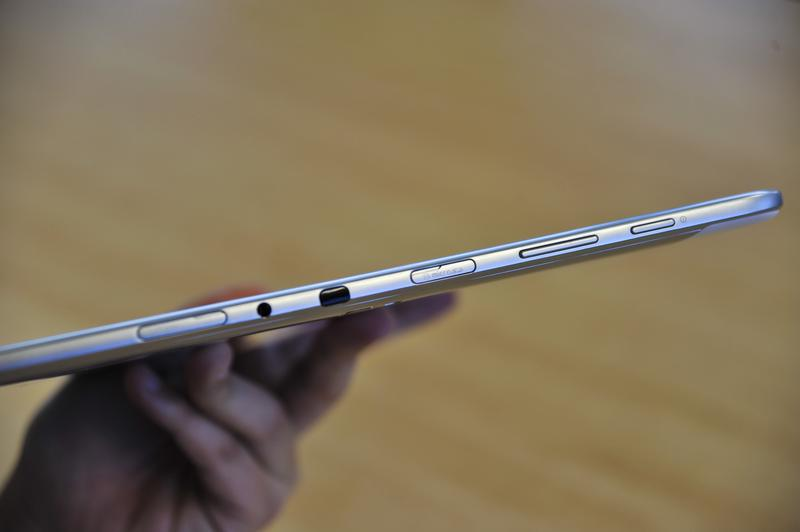 In pictures: Samsung Galaxy Note 10.1 unboxing and first look