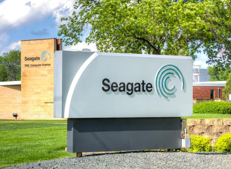 seagate technology buyout Luczo completed a $20 billion buyout of the world's biggest  no other high-tech  manufacturer close to seagate's size is privately held.