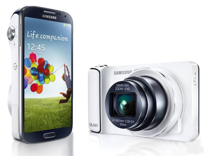The Samsung Galaxy S4 Zoom.