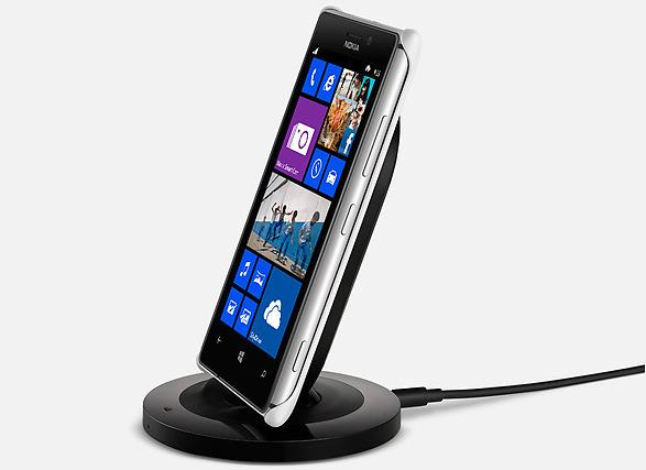 The Lumia 925's wireless charging plate will allow compatibility with a range of wireless charging accessories.