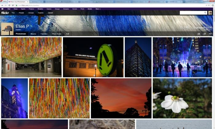 A typical Flickr page on a Full HD screen.