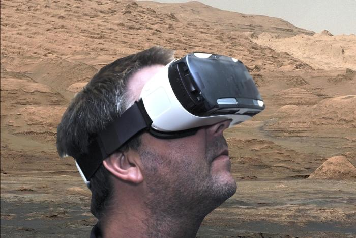 A quick image edit in lieu of a screenshot: taking a virtual look around Mars was one of our favourite uses for the Gear VR.