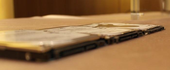 Here you can see the dramatic difference in thickness between the 9.5mm, 7mm and 5mm drives.