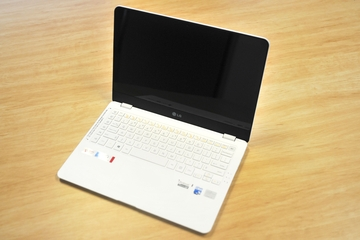 LG Z360 Full HD Ultrabook